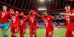 Bayern confirma 31º título com goleada de 6 gols e três de Lewandoswki